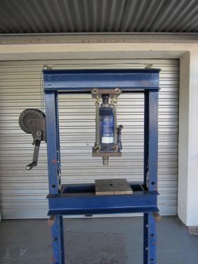 Homemade 20 Ton Hydraulic Press